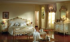 Classic Bedroom Design, The past aesthetic features surround us every where, even of great innovations and new fashions in every field, we feel loyalty for the past. So the classic bedroom design is Victorian Bedroom Furniture, Classic Bedroom Furniture, Luxury Home Furniture, Bedroom Furniture Sets, Painted Furniture, Italian Bedroom Sets, Romantic Bedroom Design, Traditional Bedroom, Traditional Design