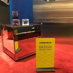 We have been attending Maison&Objet fair in Paris, 20-24 January. We brougth our spring news including Nouveau Table, which is shown in this picture.
