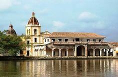 No es sino mi vida: Adventure Bus Trip to Mompox, Colombia