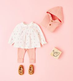 Knit cardigan, knit leggings, blouse, and crib shoes from Zara. Baby girl clothes 0-12 month sizes.