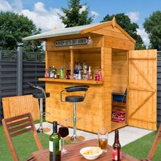 This Rowlinson x Shiplap Garden Bar Shed is the perfect way to wind down and relax on a perfect summer& day. It is a two in one shed where you can store all your gardening tools or open the serving hatches for beers and entertainment with friends. Outdoor Garden Bar, Garden Bar Shed, Diy Outdoor Bar, Backyard Bar, Outdoor Bar Furniture, Summer House Garden, Backyard Sheds, Patio Bar, Beer Garden