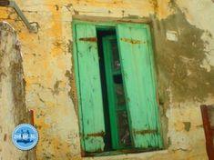 Kreta Nieuws Reisadvies Griekenland Corona Maatregelen Griekenland 2021 code Kreta Griekenland Olive Harvest, Heraklion, Mountain Village, Ghost Towns, Crete, Painting Walls, Factories, Bergen, Abandoned