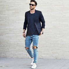 Pode está calor  do jeito que for, mas o brasileiro não abre mão de calça ou bermuda jeans , seja ela branca, azul ou preta, sempre tem alg...