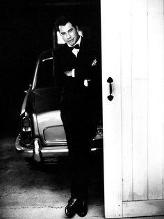 John Travolta - Photographer Sante D'Orazio. Source: http://cameralabs.org/10364-sante-d-oratsio-odin-iz-samykh-avtoritetnykh-sovremennykh-masterov-fotografii