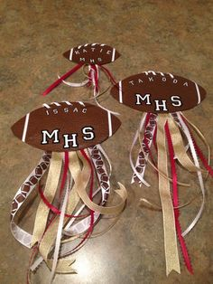 Maybe instead of football use for VOLLEYBALL Locker Signs - Homecoming!