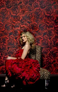 Imagine your walls filled with luscious red roses. Our Vie en Rose wall covering will do the trick.#phyllismorris #interiordesign #oneofakind  #WHDD #WeHo #style  #love  #glam #hollywood #retro #furniture #picoftheday #goforit #beautifulpeople #elegance #bespoke #customfurniture #cool #art #design #decoration #leopard #yes #now #couture #happening #thebest #glamour #decor #luxury #wallpaper
