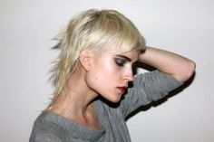 funky cut - the updated, modern and tasteful take on the old mullet :) very #rockchick