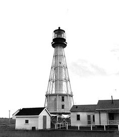 South Pass Light, LA; Port Eads , Louisiana, United States Location: Entrance to Mississippi River, Gulf of Mexico.A 1947 skeletal tower formerly served as a front range light with this lighthouse.