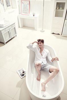 Rụng tim trước bộ ảnh mới đẹp trai như hoàng tử của Park Seo Joon - Ảnh 7.