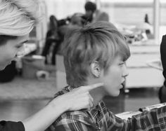 #Sehun and #Kris, adorable :3 ♥♥ ~ My brother does this to me all the time, but he doesn't hug me !! :(