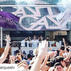 #Repost @marqueelv with @repostapp ・・・ We want to see those hands in the air! Turnt up with @cashcashmusic at #MarqueeDayclub right NOW.