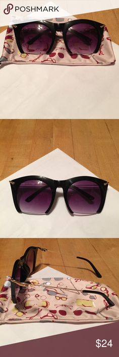 Black Rimless Bottom Sunglasses!!! NWOT black rimless bottom sunglasses!!! They are a very popular style of sunglasses. They are very chic and look fabulous on!!! Also comes with sunglass protection case!!! Lenses are a purple tint and have gold detailing! Francesca's Collections Accessories Sunglasses