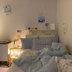 Room Design Bedroom, Room Ideas Bedroom, Bedroom Decor, Korean Bedroom Ideas, Bedroom Inspo, Study Room Decor, Minimalist Room, Aesthetic Room Decor, Cozy Room