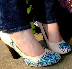 Peacock feather heels - How to paint patent leather shoes