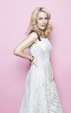 Gillian Anderson - Full Size - Page 2