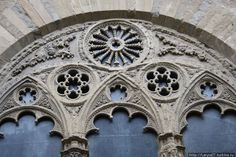 Орсанмикеле. Italy Travel, Travelling, Windows, Doors, Art, Cathedrals, Art Background, Kunst, Italy Destinations