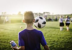 Football Warm Up, Benefits Of Sports, Soccer Birthday Parties, Safe Schools, Le Club, Workout Warm Up, Boys Playing, Exercise For Kids, Old Boys