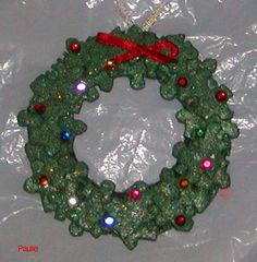 Wreath made from puzzle pieces for when they start to out grow some of the younger puzzles and you're missing pieces anyway. Puzzle Piece Crafts, Puzzle Art, Puzzle Pieces, Crafty Christmas Gifts, Christmas Art, Christmas Themes, Ornament Crafts, Xmas Ornaments, Christmas Crafts