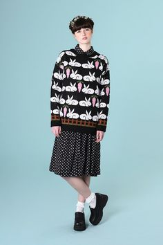 Bunny Print Knit Black - THE WHITEPEPPER