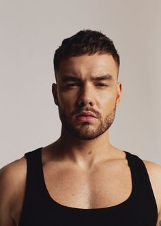 Liam Payne Hits the Studio for Têtu Photo Shoot Fresh off the release of his debut full-length studio album, Liam Payne stars in a new photo shoot. The Stack It Up singer graces the pages of French magazine Têtu. Taking to the studio, Liam Payne, Ex One Direction, One Direction Pictures, Larry, French Magazine, Eleanor Calder, Liam James, Perrie Edwards, Little Girls