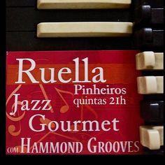 Hoje 21h #hammondgrooves nas quintas #jazz @ @bistrosruella de #pinheiros. Um delicioso #menu #especial com #entrada prato principal e #sobremesa  o show em um valor único e imbatível! Saiba mais no www.ruella.com.br #hammondorgan #organtrio #jazztrio #organjazz #jazzorgan #music #musica #jazz #souljazz #groove #sonsdobrasil #hammondb3 #guitar #guitarra #bateria #drums