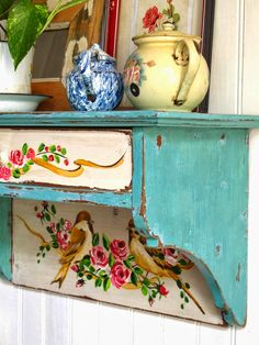 "Comb your local thrift stores for a wall shelf with unusual lines, paint it your favorite color. To achieve the ""old"" look, paint. Shabby Chic Kitchen, Shabby Chic Decor, Bohemian Decor, Furniture Projects, Furniture Makeover, Diy Furniture, Diy Vintage, Vintage Decor, Repurposed Furniture"