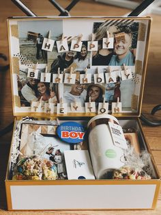 birthday gift idea 2019 – Long Distance Birthday Box for Boyfriend birthday gift idea Birthday Gifts For Boyfriend Diy, Creative Gifts For Boyfriend, Cute Boyfriend Gifts, Presents For Boyfriend, Birthday Gift For Him, Birthday Box, Boyfriend Anniversary Gifts, Scrapbook Ideas For Boyfriend, Boyfriends 21st Birthday