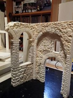 Nativity House, Christmas Nativity, Reptile Terrarium, Model Train Layouts, Game Pieces, Miniature Houses, Model Building, Model Trains, Scale Models
