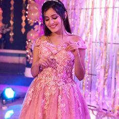 Mishti looks like a princess 😍🤩☺️💖💞 Indian Wedding Gowns, Indian Bridal Fashion, Bridal Wedding Dresses, Bridesmaid Dresses, Stylish Photo Pose, Stylish Girls Photos, Stylish Girl Pic, Beautiful Girl Indian, Beautiful Indian Actress