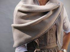 Kuschelig warm und elegant: die Trachtentücher von DreiTracht - Mei Trachtenguide