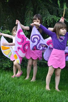 Spectacular!!!!! DIY wrap around butterfly/fairy skirts.