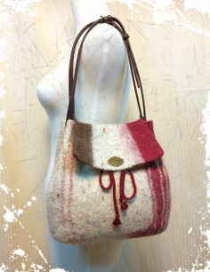 wet felt bag~                                                                                                                                                                                 More