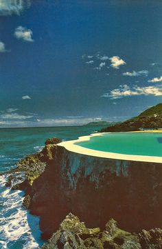 Somewhere I would like to live: Pools by Kelly Klein