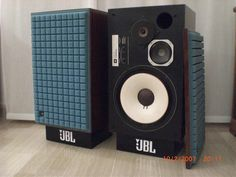 """The JBL L100 Century's strength lies in the aquaplas coated woofer which with the increased mass can smoothly play down to 40Hz at 80db. Zilch liked to describe the L100 as """"Fake but fun"""". Is that freedom rock man? Well turn it up! The contoured foam grill came stock in orange, brown and my personal favorite blue. The example in this pic appears to be sun faded.."""