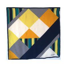 4b8eba9a6c7 35 meilleures images du tableau foulard en soie Jean Patou