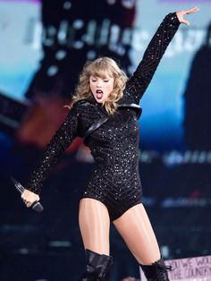 Taylor Swift Web Photo Gallery: Click image to close this window Taylor Swift Repuation, Long Live Taylor Swift, Taylor Swift Pictures, Swift 3, Blake Lovely, Taylor Swift Wallpaper, Red Taylor, Taylor Cole, Fashion Outfits