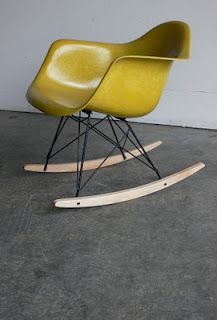 citron #Eames rocking chair