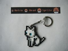 Key-ring white Cat - Bead Sprite - Pixel Art