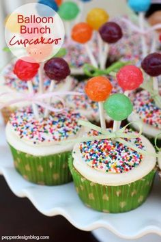 Perfect cupcakes for a bday party! Put dum dum suckers on top for balloons!!