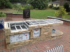 If you are looking for Outdoor Kitchen Diy Plans, You come to the right place. Here are the Outdoor Kitchen Diy Plans. This post about Outdoor Kitchen Diy Pl. Outdoor Kitchen Kits, Simple Outdoor Kitchen, Small Outdoor Kitchens, Outdoor Cooking Area, Outdoor Kitchen Countertops, Outdoor Kitchen Design, Kitchen Ideas, Backyard Kitchen, Small Kitchens