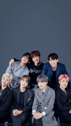 [ At the beginning I thought it was a photo of Jungkook not sent, but then … – BTS Wallpapers Bts Bangtan Boy, Bts Taehyung, Namjoon, Bts Jimin, Bts Group Picture, Bts Group Photos, Foto Bts, Bts Twt, K Wallpaper