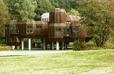 germanpostwarmodern: House (1974-78) built for himself in Gif-sur-Yvette, France, by Marc Held