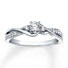 Diamond Ring With Diamonds Around It
