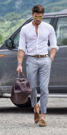 52 Men's Street Style Outfits For Cool Guys Very many styles of street cloth. 52 Men's Street Style Outfits For Cool Guys Very many styles of street clothes for men. This style will add a ve Mens Fashion Summer Outfits, Street Style Outfits, Stylish Mens Outfits, Mens Fashion Blog, Fashion Mode, Mens Fashion Suits, Fashion Ideas, Fashion Styles, Spring Fashion