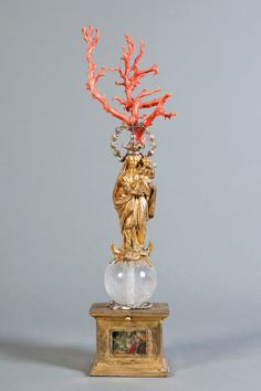 Vierge de Trapani | gilt bronze, metal, coral and crystal, 18th century