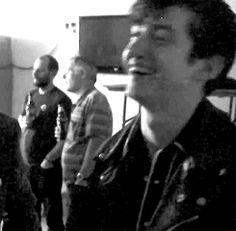 Him laughing aww Alex Turner, Arctic Monkeys, Sheffield, The Last Shadow Puppets, Jamie Campbell Bower, Tyler Blackburn, Man Crush, Evan Peters, Celebrity Crush
