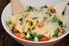 pappardelle with arugula and cherry tomatoes