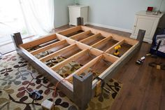 simple and classic diy bed frame plans design Diy Bed Frame Plans, Diy King Bed Frame, King Size Bed Frame, Diy Frame, Cali King Bed Frame, Furniture Projects, Cool Furniture, Home Projects, Furniture Design