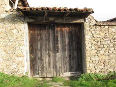 Portail ferme Monts du Lyonnais