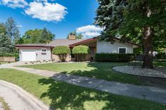 1039 Michigan Avenue, South Haven, MI 49090 - MLS ID 16047470 - Jaqua Realtors